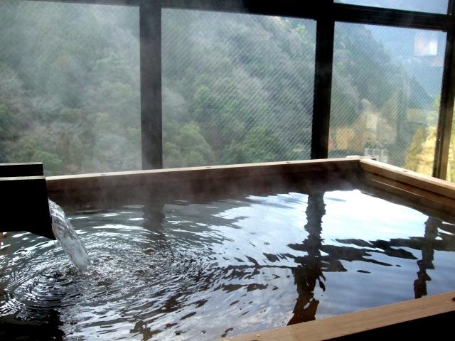 冷え性改善に半身浴は逆効果!効果がある入浴方法を紹介!
