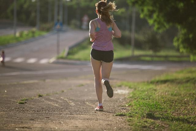 スロージョギングのやり方や効果!室内でやる時のコツとカロリー