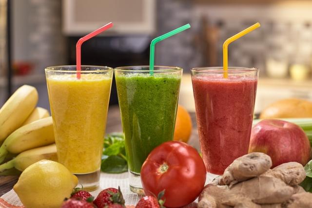 スムージーは冷え性改善やダイエットに効果抜群!夜ご飯を置き換えるだけで簡単痩せ