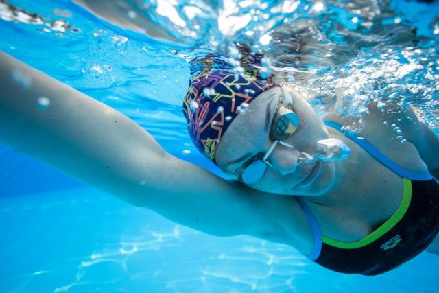 プールで脚痩せが出来る簡単な正しいウォーキング方法!注意点や効果