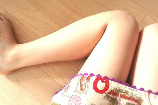 骨盤枕で太ももとふくらはぎを細くするやり方!作り方と注意点