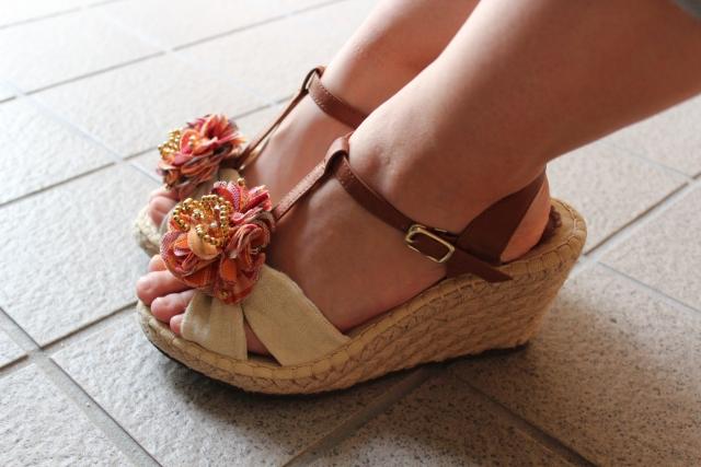 足が細く見える靴の選び方と履き方!色や形を詳しく!