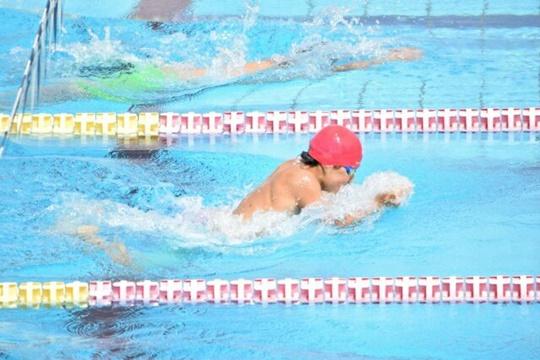 プールは筋肉太りに効果テキメン!脚を細くする泳ぎ方などを紹介!