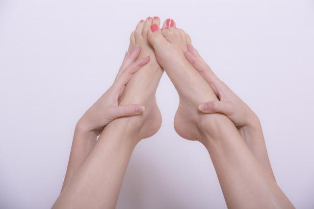 足首マッサージの正しいやり方と3つの効果!足首やせにおすすめ!